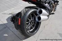 2012全新黑色碳纤维版杜卡迪大魔鬼