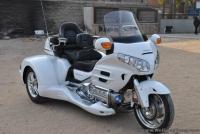 08款 本田金翼GL1800 正三輪 白色