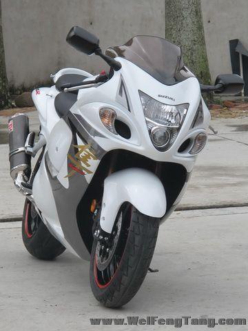 2008款铃木隼GSX1300R ,改装碳纤维吉村排气 白色喷漆 6000多公里 成色新 Hayabusa图片 2