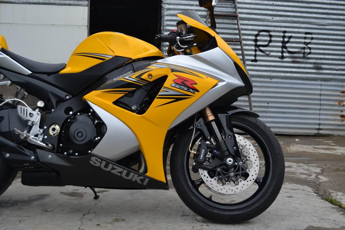 2007款铃木GSX1000 铃木大R K7 黄色 带银边不到七千公里 图片 1
