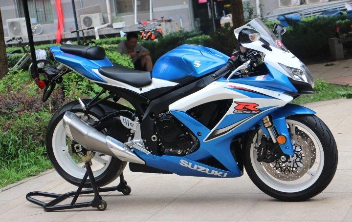 2008年铃木GSX-600R莲花灯 铃木小R 蓝白色 GSX-R600图片 3