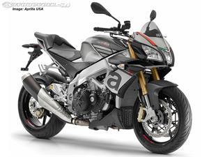 阿普利亚Tuono V4 1100 RR摩托车