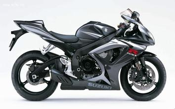 2005款铃木GSX-R750