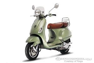 VespaLXV 150摩托车