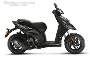 比亚乔摩托车