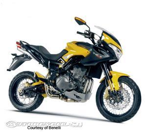 贝纳利Tre K Amazonas摩托车