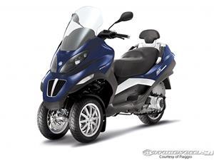 比亚乔MP3 400摩托车