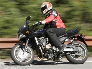 川崎Z750S摩托车车型图片视频
