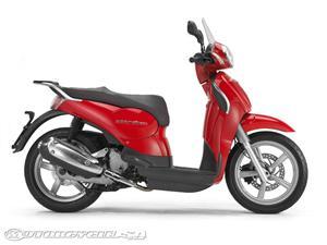 2009款阿普利亚Scarabeo 200